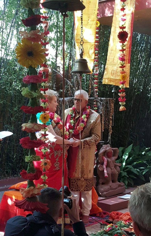 Bodas De Oro Celebradas Rito Hindu