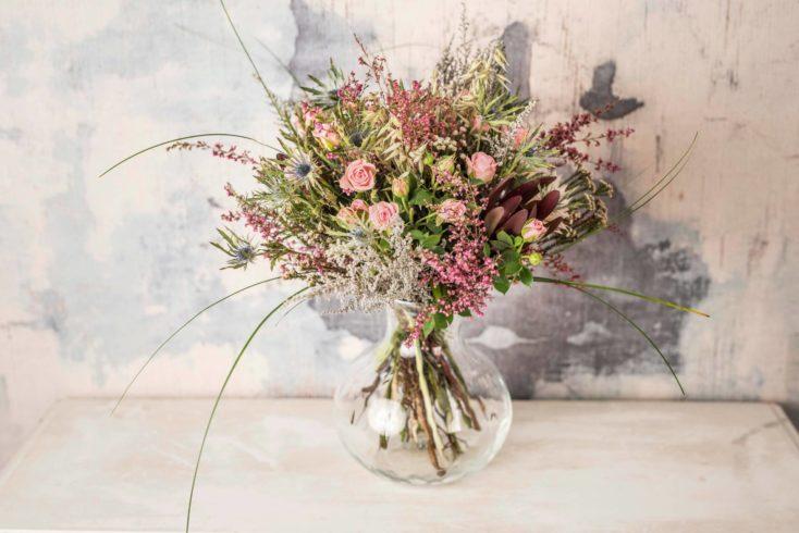 Bouquet De Flores Silvestres Rosas