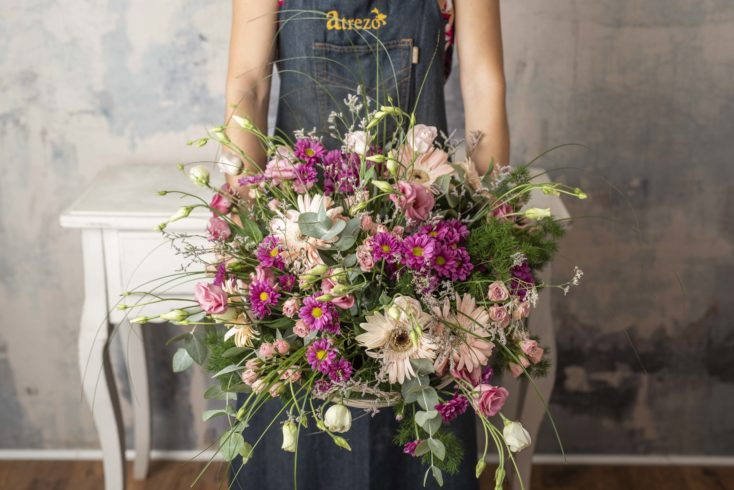Cesta Grande Con Flores Rosas Especial