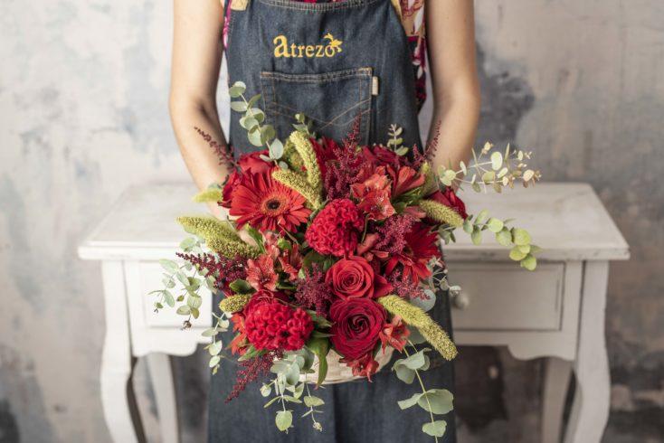 Cesta Mediana Flor Especial Rojos
