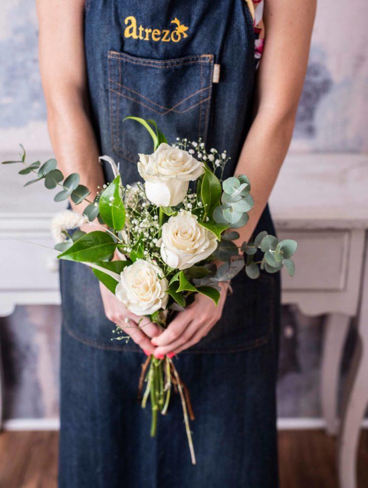 Comprar Ramo de 3 Rosas Blancas online